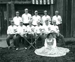 Chigaco Salmon Vintage Baseball